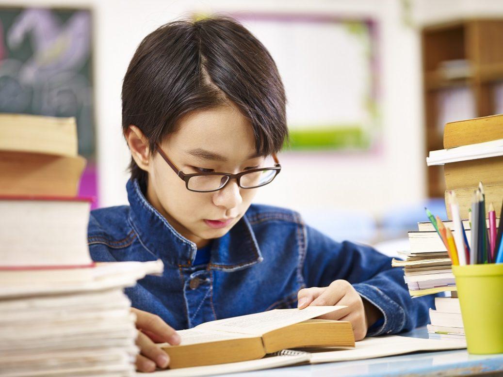 tsubotakazuo-nearsighted-research-1-1037x778.jpg
